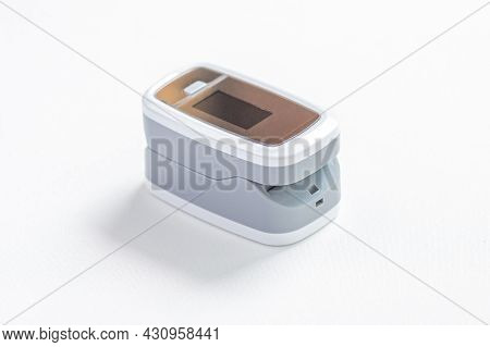 Close-up, Digital Pulse Oximeter, Peripheral Capillary Oxygen Saturation Meter Or Spo2 For Estimatin