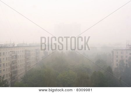 Moscow - August 6: Smokescreen Over Moscow After Forest Fires, Maximum Allowable Content Of Unhealth