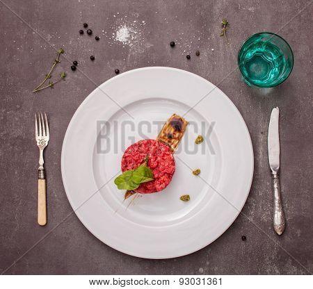 salmon tartar with beet