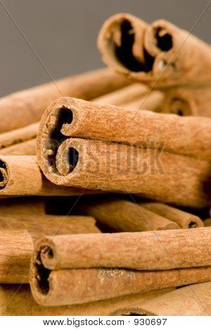 Cinnaman