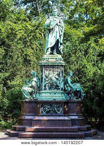 Peter Cornelius Monument Hdr
