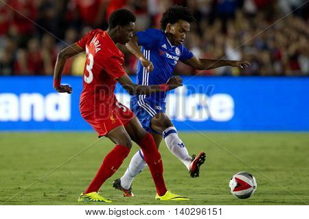 PASADENA, CA - JUNE 4: Willian & Ovie Ejaria during the 2016 ICC game between Chelsea & Liverpool on July 27th 2016 at the Rose Bowl in Pasadena, Ca.