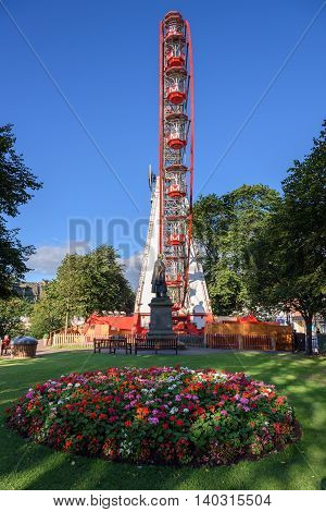 The most notable attraction is the 33 metre high Ferris wheel often dubbed 'The Edinburgh Eye.