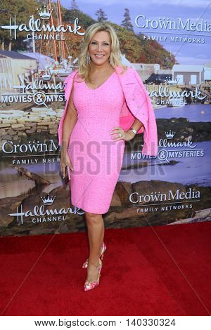 LOS ANGELES - JUL 27:  Kym Douglas at the Hallmark Summer 2016 TCA Press Tour Event at the Private Estate on July 27, 2016 in Beverly Hills, CA