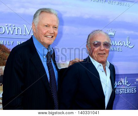 LOS ANGELES - JUL 27:  Jon Voight, James Caan at the Hallmark Summer 2016 TCA Press Tour Event at the Private Estate on July 27, 2016 in Beverly Hills, CA