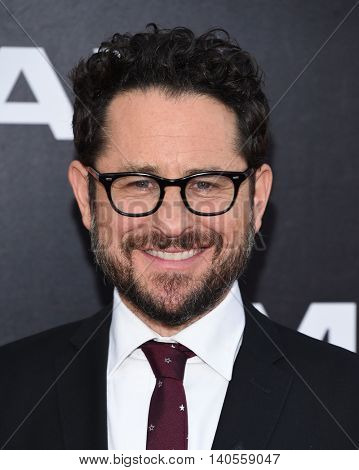 LOS ANGELES - JUL 20:  J.J. Abrams arrives to the