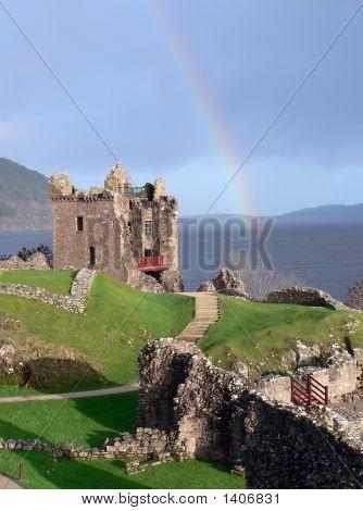 Urquhart_Castle_02