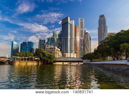 SINGAPORE - APRIL 15: Singapore city skyline and Marina Bay on April 15, 2016 in Singapore.