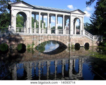 Marble Bridge (palladiev Bridge) In Catherine Park (st. Petersburg, Russia)