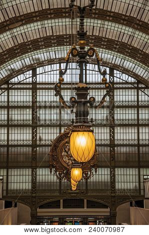 Paris, France - July 11, 2017. Lamp And Ceiling At The Main Hall Of The Quai D Orsay Museum In Paris