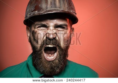 Screaming Architect In Suit With Construction Helmet. Closeup. Man Builder. Close Up Engineers Worki