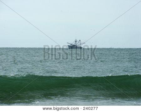 Fishing Ship Wave