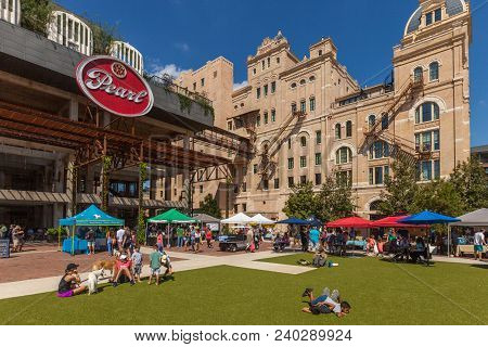 San Antonio, Texas - October 7, 2017 - People Walking And Shopping At The Farmers Market At The Pear