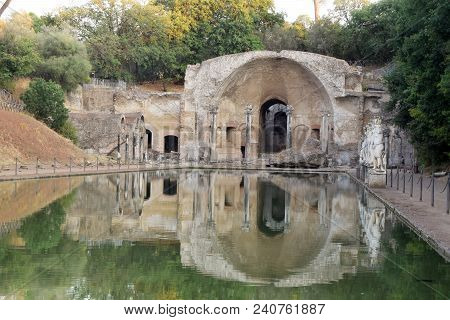 The Ruins And Remains Of An Ancient Roman City Of Lazio - Italy 219
