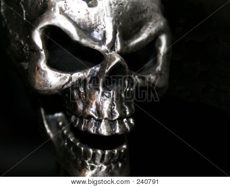 Evil Skull 1