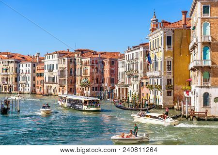 Venice, Italy - May 21, 2017: Sunny Panorama Of Grand Canal With Tourist Boats In Venice. Grand Cana