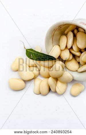Hyacinth Beans Or Lablab Or Lablab Purpureus Or Valor Na Bea In A Bowl Isolated On White.