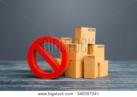 Cardboard Boxes And Red Prohibition Symbol No. Restriction On Import, Ban On Export Of Dual-use Good