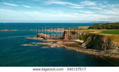Beautiful Rocky Sea Coast On The East Coast Of Scotland. Oxroad Bay, East Lothian, Scotland, United