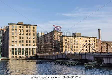 Boston, Usa - Sep 12, 2017: The Boston Wharf Company Sign At  263 Congress Street, At The Corner Of