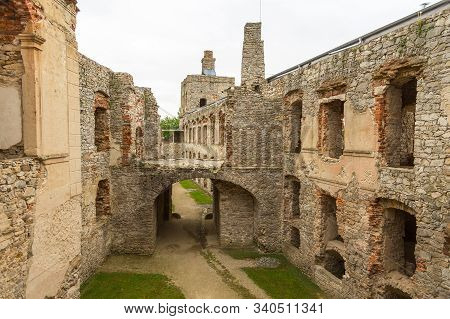 Ujazd, Poland- 23 May 2015: Ruins Of The Krzyztopor Palace In Ujezd. Destroyed During The Swedish In