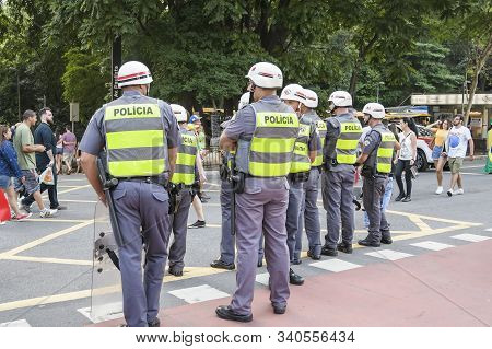 Sao Paulo - Sp, Brazil - November 17, 2019: Military Police Doing The Security At Paulista Avenue Du