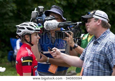 Reporter Interviews Guarnier