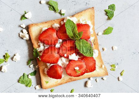 Toast With Fruit Strawberry, Mint And Cottage Cheese For Breakfast. Healthy Breakfast, Ruddy Bread T