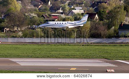 Cessna 560XLS Citation Excel business aircraft landing on the runway