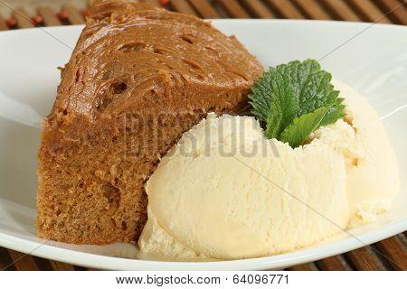 Fudge Cake  With Ice Cream