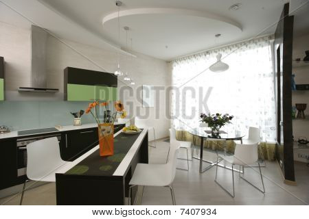 kitchen and dinning room in studio apartment