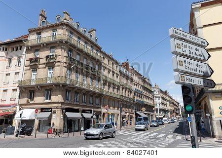 Rue De Metz Runs Through Toulouse