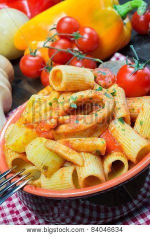 Mezze Maniche Italian Pasta