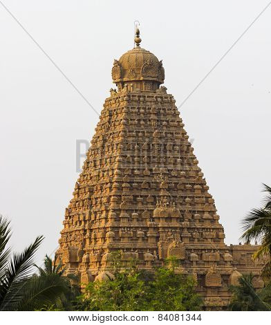 The magnificent main gopuram / tower of Brahadeewarar temple, Thanjavur