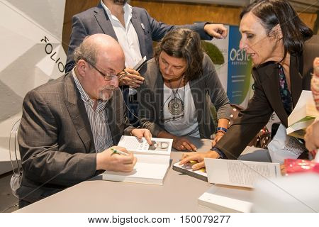 Obidos Portugal. 30 September 2016. British writer Salman Rushdie in Obidos giving autographs at a conference at the FOLIO International Literary Festival of Obidos. Obidos Portugal. photography by Ricardo Rocha.