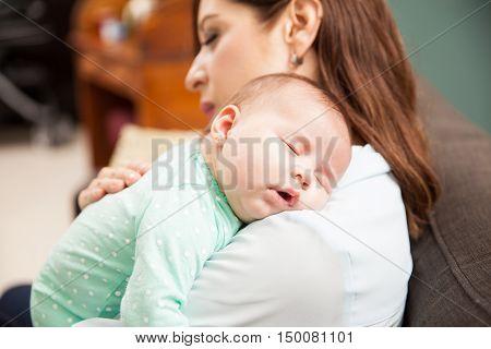 Newborn Baby Sleeping With Mom