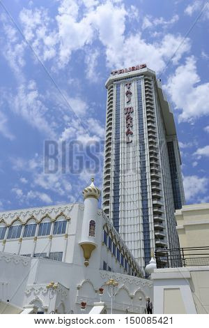 October 2, 2016 Atlantic city casino, Trump Taj Mahal will be closing its doors in nine days, leaving three thousand workers without a job.