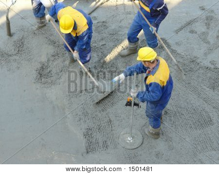 Concrete Mix Leveling