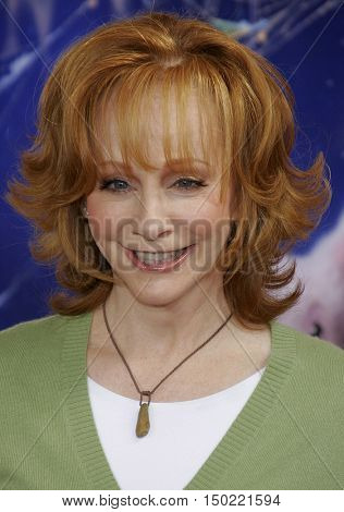 Reba McEntire at the Los Angeles premiere of 'Charlotte's Web' held at the ArcLight Cinemas in Hollywood, USA on December 10, 2006.