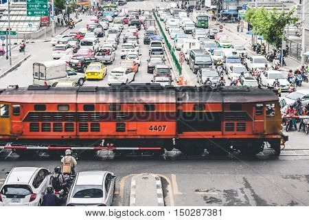 Bangkok Thailand - September 19 2016: Rush Hour With Cars And Generic Vehicles Traffic Jam In Bangkok Thailand. (Real Life Transportation Concept Mode)