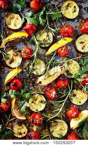 Autumnal oven-roasted vegetables with herbs
