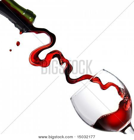 pouring Rotwein in Glas Goblet isolated on white