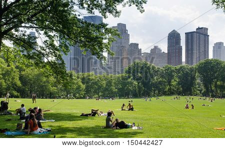 New York Citizens And Tourist Relax At Central Park