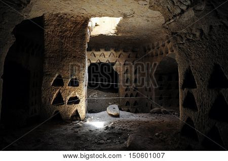 Amatzia Caves - Isr