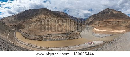 Confluence of Indus and Zanskar Rivers in Himalayas. Indus valley, Ladakh, India.