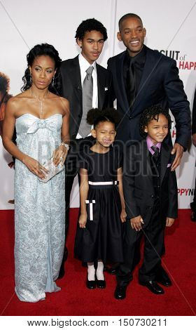 Jada Pinkett Smith, Will Smith, Jaden Smith and Willow Smith at the Los Angeles premiere of 'The Pursuit of Happyness' held at the Mann Village Theater in Westwood, USA on December 7, 2006.