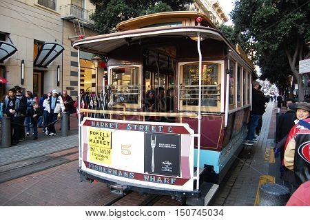 SAN FRANCISCO - DEC 29, 2008: Antique Cable Car on Powell Street in San Francisco, California, USA.