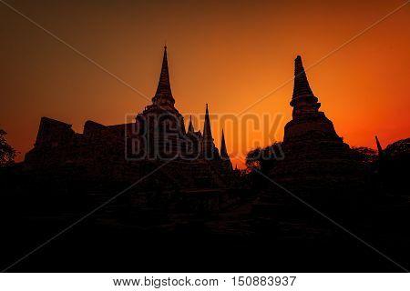 View on the landmarks of Ayuttaya Old City.
