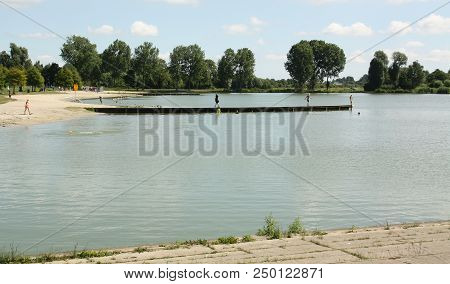 Groningen. July-08-2018. Recreation Lake Is Located In Recreation Park Kardinge In The City Of Groni
