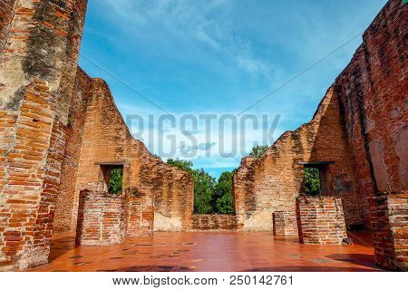 Background Of Old Thai Temple At Ayuthaya, Thailand